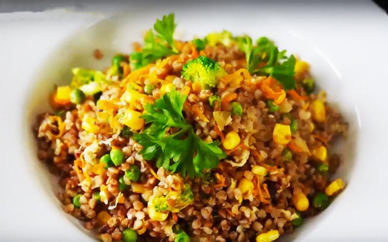 Cách làm món Kiều Mạch xào rau củ